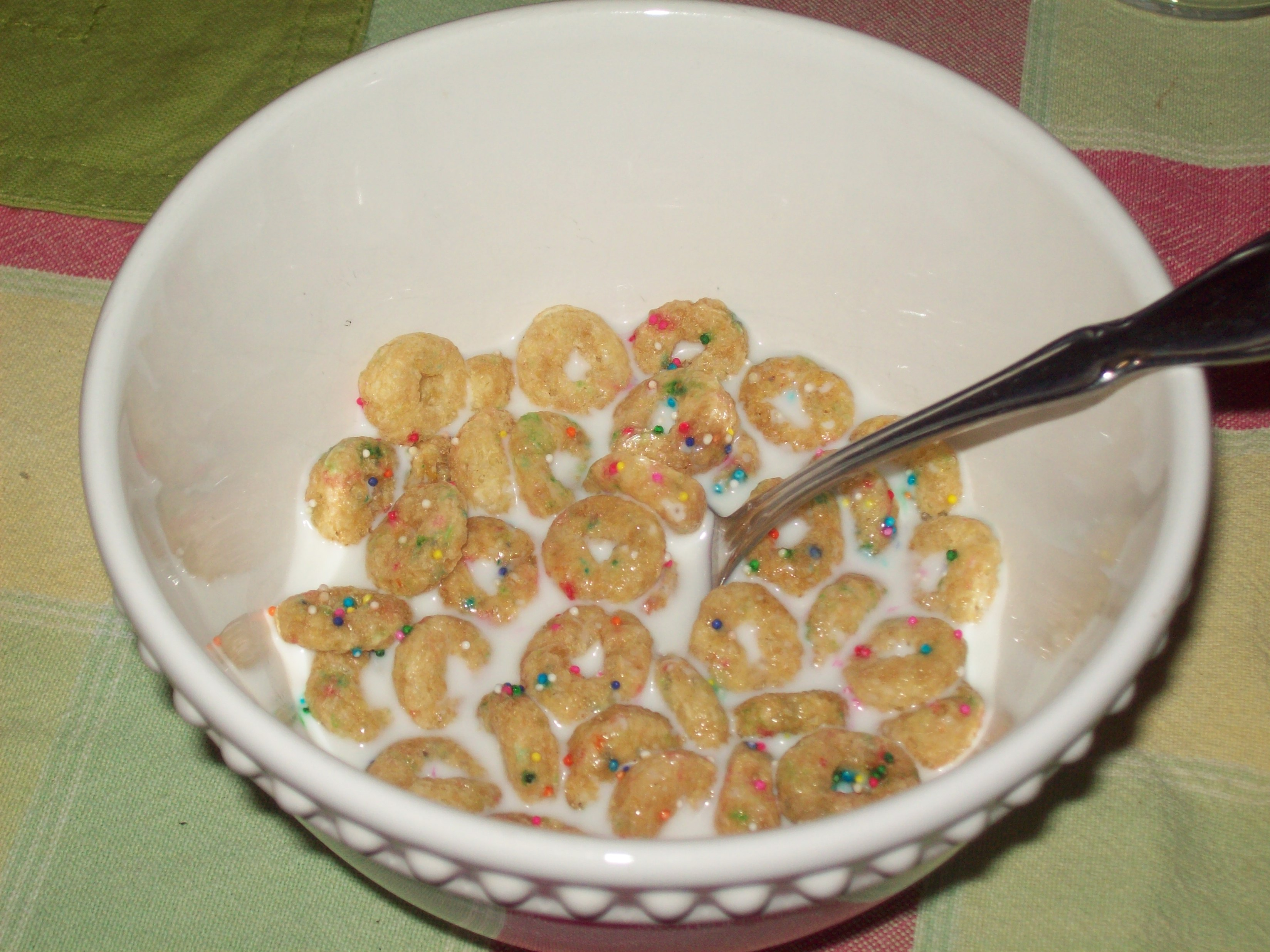 the cereal report cap n crunch s sprinkled donut crunch the poor
