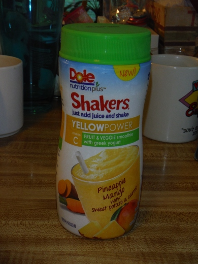 The Snack Report Dole Smoothie Shakers The Poor Couples Food Guide